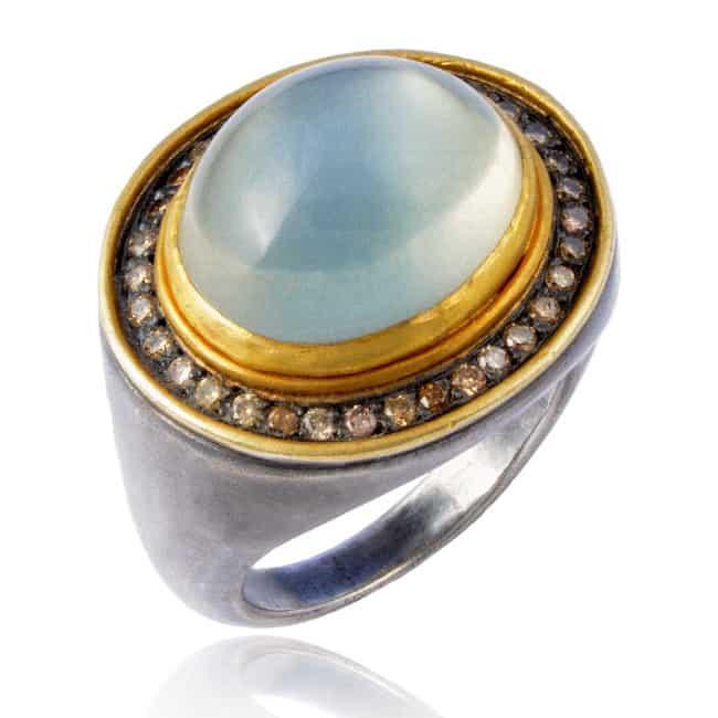 Hennesy Ring Image