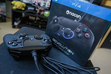 PlayStation-4-Revolution-Pro-Controller-Nacon-05