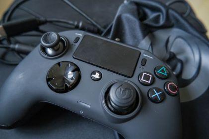 PlayStation-4-Revolution-Pro-Controller-Nacon-26