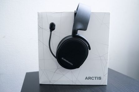 SteelSeries-Arctis-3-05