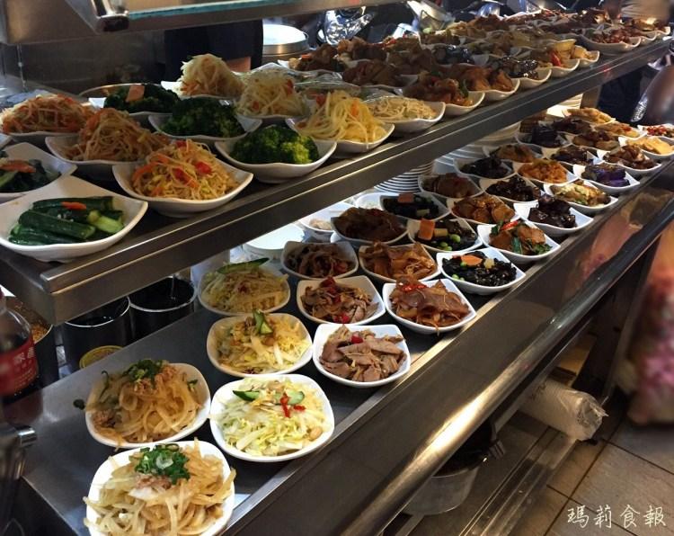 台中西區 饕之鄉 小籠湯包料好實在一籠只賣85元 排隊美食老店