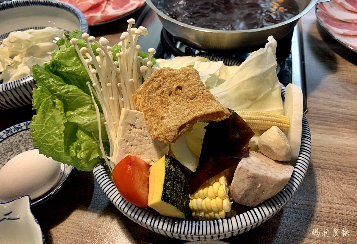台中西區美食,老式吃鍋,老式吃鍋新鮮豐富的菜盤,勤美商圈,