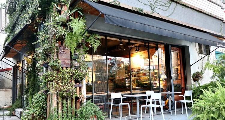 小葛廚房|午茶甜點好選擇 平價優質手沖咖啡 環境氛圍有質感 寵物友善餐廳 台中北屯美食