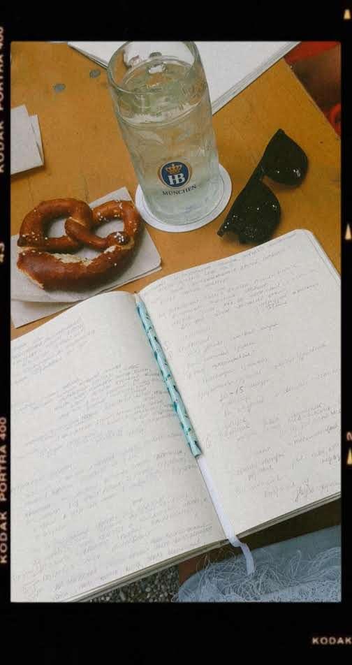 Писательские завтраки Булочки с текстом в Мюнхене 6