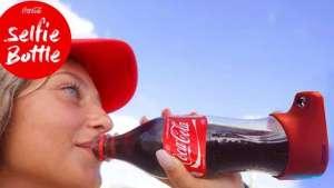 Selfie-bottle: el palo-selfie ha muerto