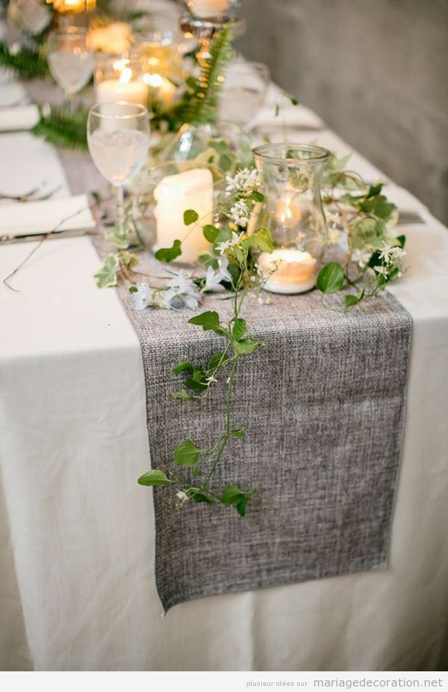 d corer table de mariage vintage avec un chemin de table couleur cendre d coration mariage. Black Bedroom Furniture Sets. Home Design Ideas