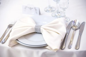 strass-paillettes-mariage-décoration-toulouse-rond-de-serviette