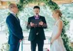 Officiant de cérémonie de mariage lol événements - Nos officiants s'adaptent à votre style et à vos goûts pour que votre mariage soit unique et qu'il vous ressemble.