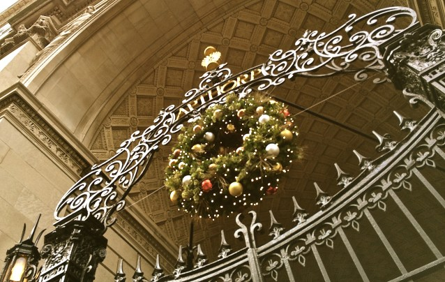 Day 79:3 Wreath at the Apthorp