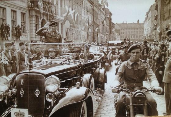 A British press photo from Montgomery's cortege in May 1945 in Copenhagen