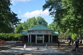 Corams Fields where to bring kids to in London 4