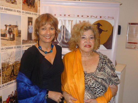 La escritora nicaragüence Ruby Arana y Maria Juliana