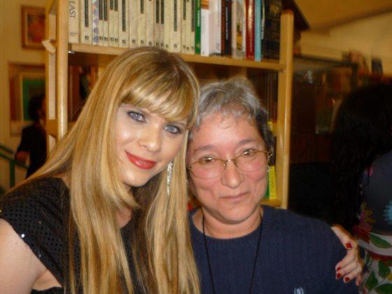 Iris Maldonado y Marisol Calero