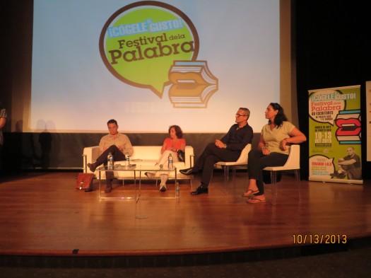 Ángel Darío Carrero, Ana María Shua, Emilio del Carril (moderador) y Anna Lidia Vega Serova.