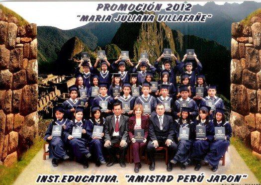 Promoción 5to A Escuela Amistad Japón-Perú 2012 001