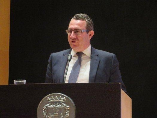 Sr. Alcalde de Benidorm Antonio Pérez Pérez.