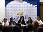 La escritora Carolina Fonseca durante la presentación del libro BASTA . 100 mujeres contra la violencia de género. Panamá