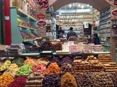 El mercado de las especias o egipcio, más pequeño y coqueto