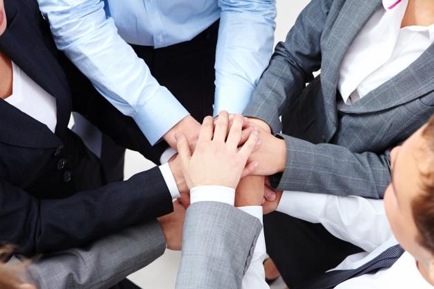 Team-kierownictwo-pracy-w-zespole_1098-3078-1.jpg