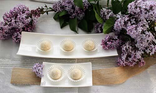 ¿QUIERES APRENDER A HACER LOS bombones rellenos bombones raffaello? Aquí te dejo la receta y los bombones raffaello con los ingredientes que necesitas