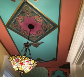 Anudder painted ceiling