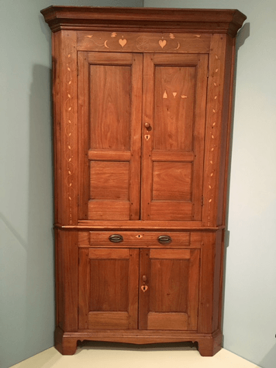 A corner cabinet, made in Old Kaintuck (that's Kentucky, to you furriners).