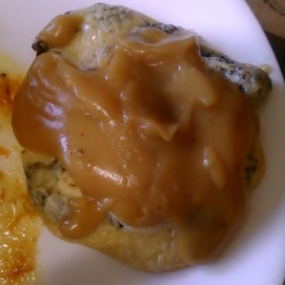 mushroom fritter with gravy