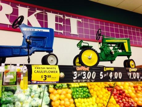 GroceryStoreTractors