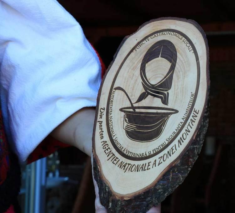 Punct Gastronomic Local la Cutin