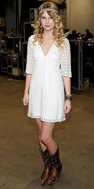 taylor-look-bota-country
