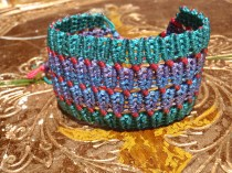 Macramé net bracelet