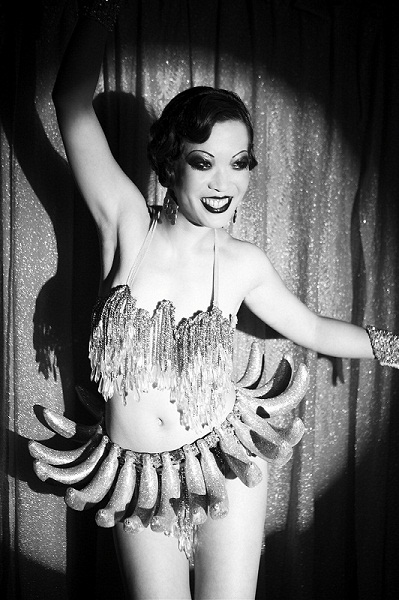 Marianne Cheesecake as Josephine Baker