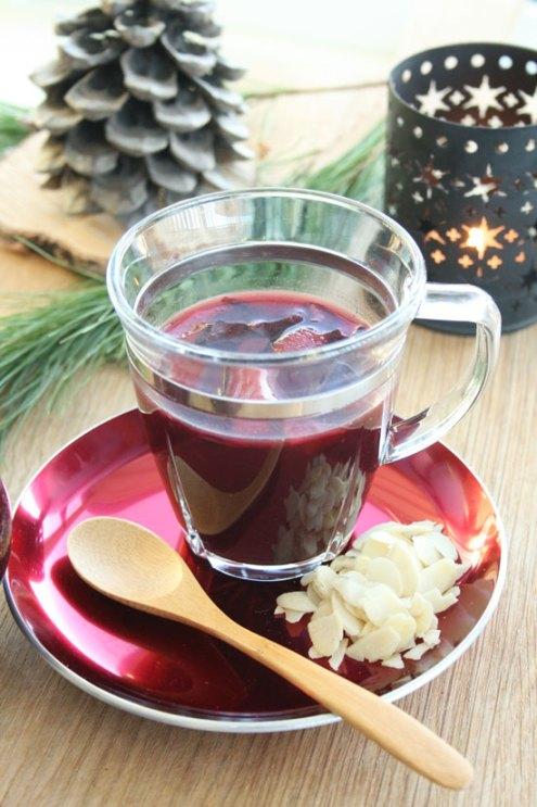 Gløgg med økologisk aroniajuice, rødvin og rom