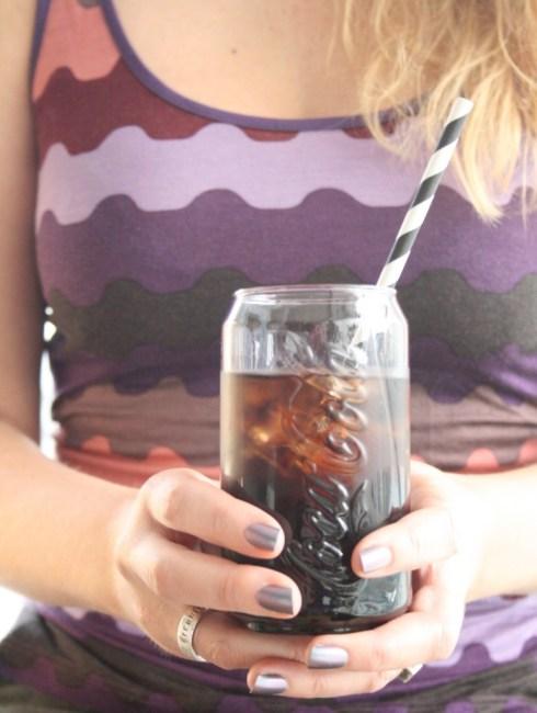 Oppskrift på enkle drinker med kun to ingreidenser: rom og cola