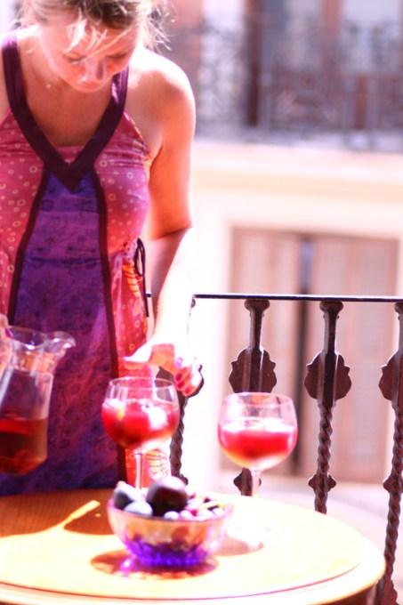 Cocktail-oppskrift-på-Sangria