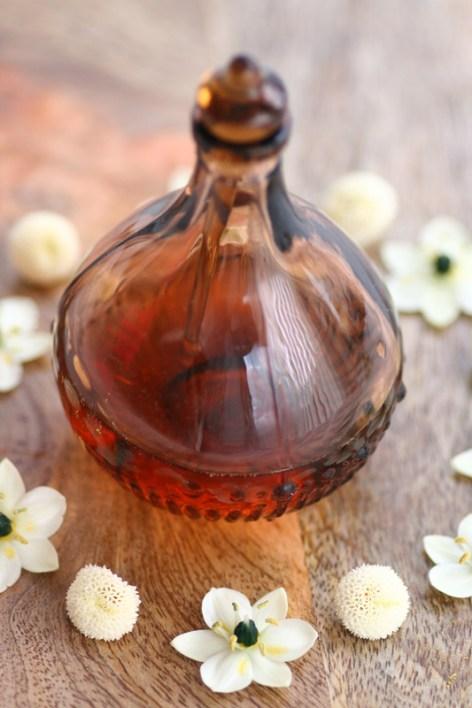 AROMATERAPI-DIY-Muskelavslappende-olje