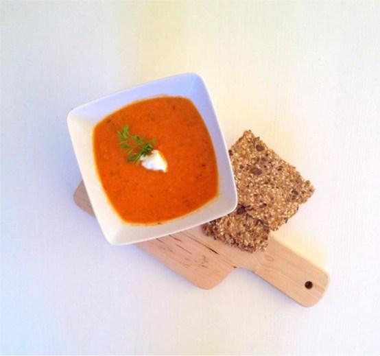 Enkel-oppskrift-på-tomatsuppe