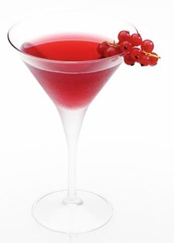 Oppskrift på rød drink til 17. mai - vodka, tranebærjuice og likør