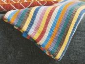 DIY-Lag-selv-strikket-teppe-med-striper-174x131