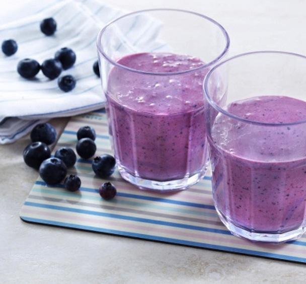 FROKOST PÅ 5:2-DIETTEN: Skogsbærsmoothie 66.9 kcal