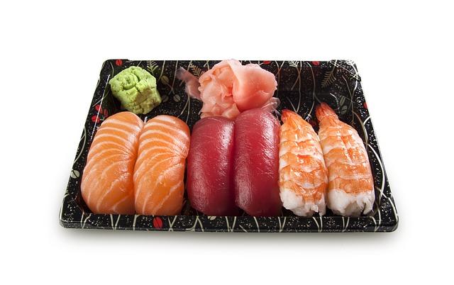 Oppbevaring og plassering av rå fisk i kjøleskap eller fryser