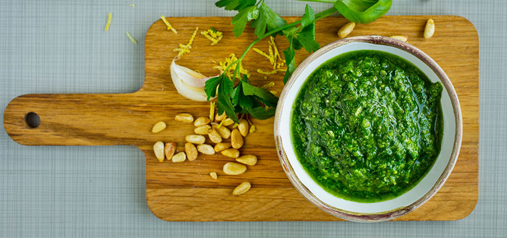 Oppskrit på grønn pesto med persille - persillepesto