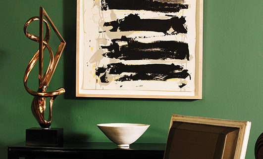 Designer Matthew Patrick Smyth shows how to mix antiques with modern furnishings.