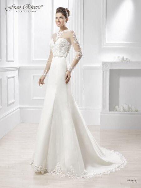 vestidos de novia blanco, elegante, sencillo, exclusivo, y económico, Elegancia y exclusividad en novia, madrina y fiesta.