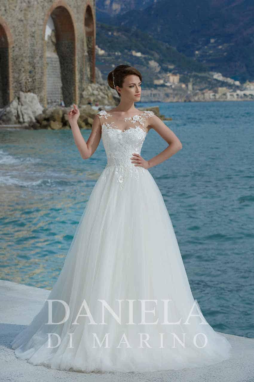 Coleccion de Daniela Di Marino en Marian Novias, tienda de novias