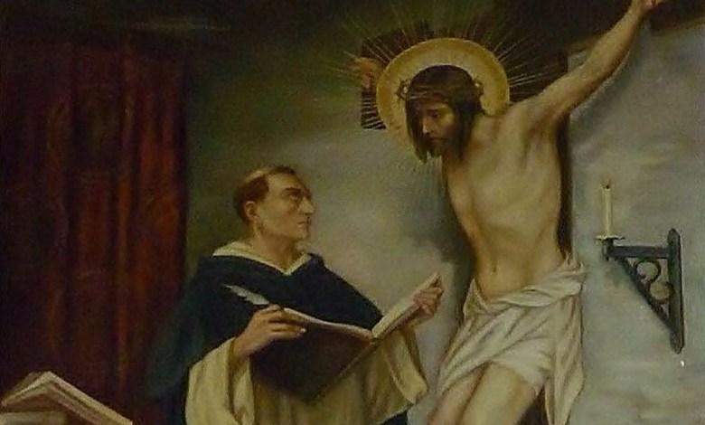 Photo of ماذا قال يسوع من على الصليب لمعلّم الكنيسة القدّيس توما الإكويني فاجأه وغيّر مجرى حياته