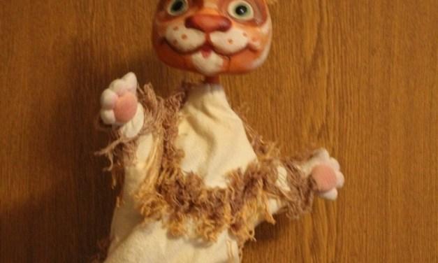 Кошка из спектакля «Колобок и репка»