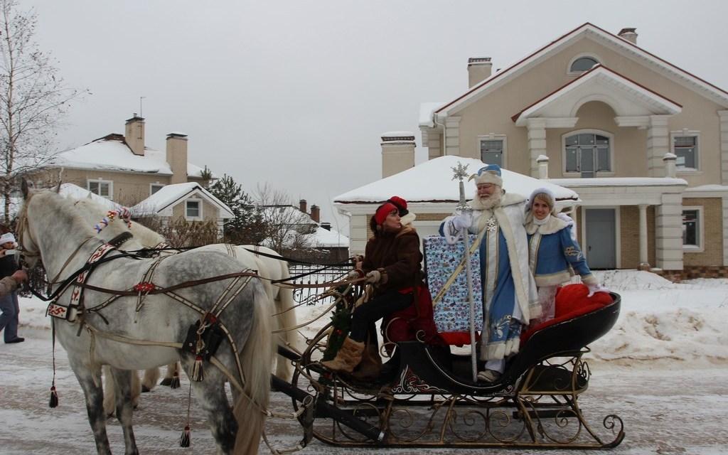 И вот уходит Дед Мороз