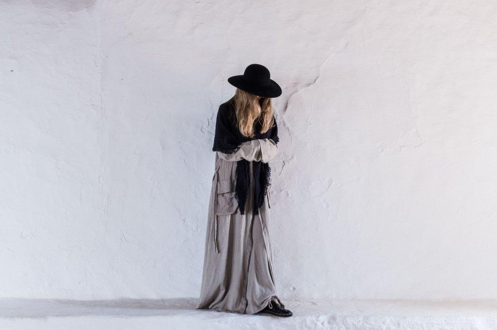 Los campos de Ibiza han inspirado a Camila para diseñar su nueva colección que huele a Mediterráneo.