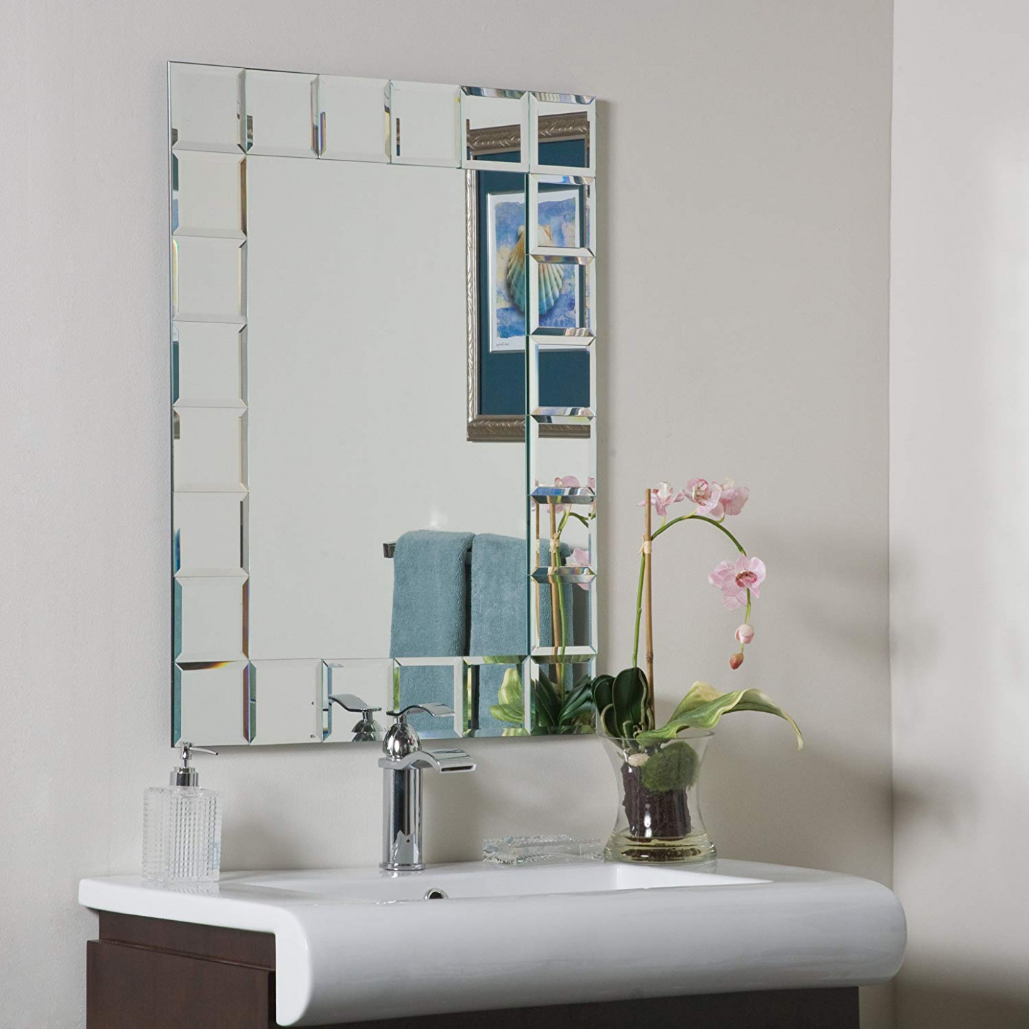 Amazon.com: Decor Wonderland Montreal Modern Bathroom Mirror: Home ...